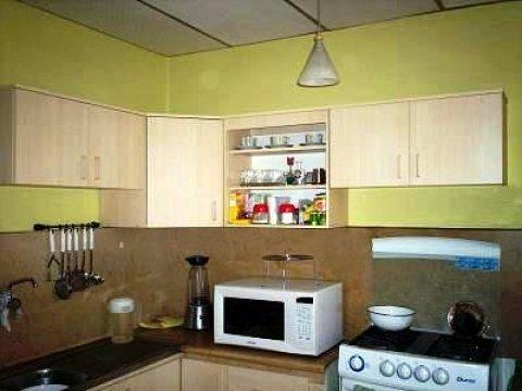 Anaqueles ahora muebles de cocina y closets for Modelos de anaqueles de cocina